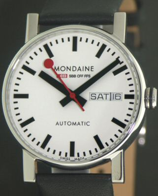 MONDAINE WATCH A132.30348.11SBB
